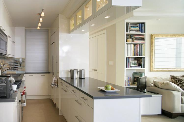 white small kitchen inspiration