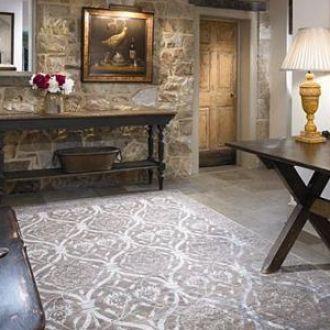 brick-stone-concrete-interior-rugs