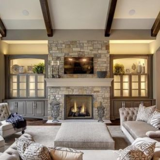 neutral-tradtional-living-room